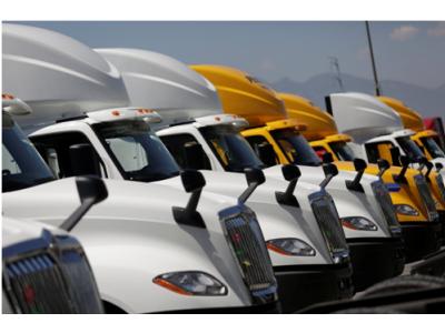 Nhu cầu xe đầu kéo Mỹ được mở rộng, lượng đặt mua tăng đột biến